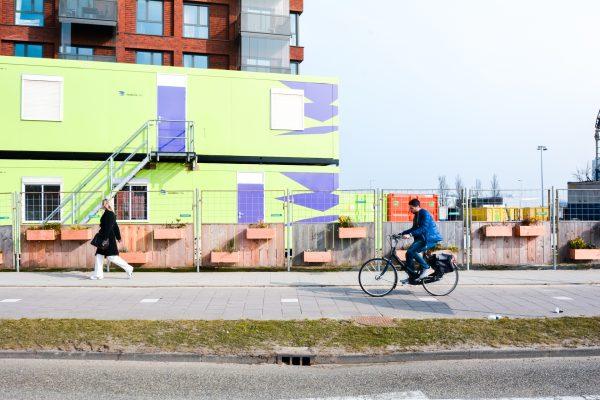 Groene Bouwhekken bij Brug Duivendrechtsevaart Amsterdam